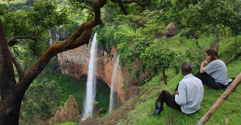 game park tourists in uganda increase by 17 5 uganda travel guide. Black Bedroom Furniture Sets. Home Design Ideas